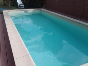 Foto piscina con ph basso