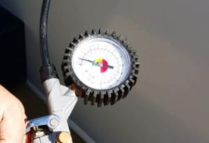 Manometro per prova in pressione tubi piscina