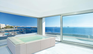 Mini piscina Playa installata all'interno