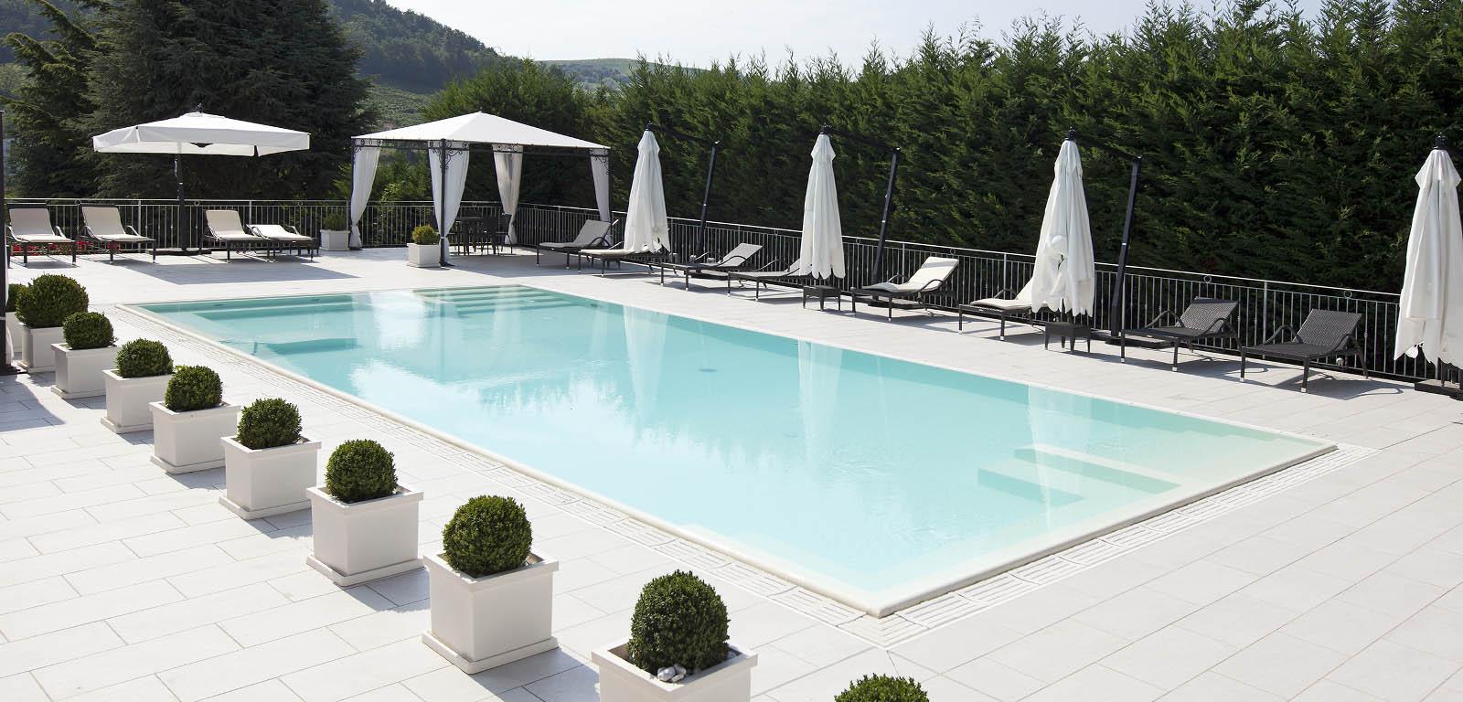 foto piscina hotel